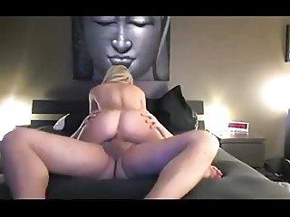 Sexy gorgeous blonde gets fucked on webcam