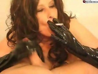 smoking blowjob and latex gloves