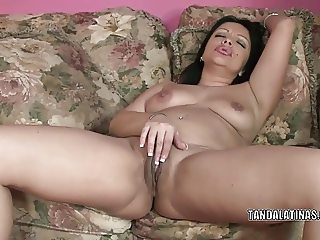 Exotic MILF Valentina Lopez is playing with her wet pussy
