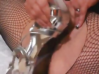 chubby white slut latex high heel squirt