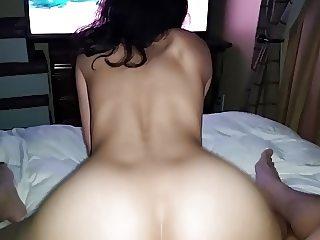 Fucking my Vietnamese girlfriend wet pussy