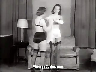 Girls with Gloves Lingeries Nylons High Heels (Vintage)