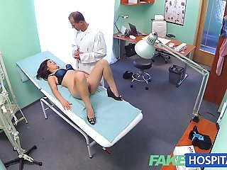 FakeHospital Beautiful vietnamese patient gives doctor sex