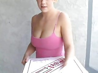 he fuck the pizza girl