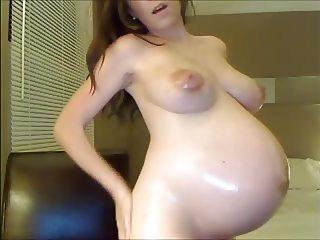 9 months pregnant girl masturbating on live cam