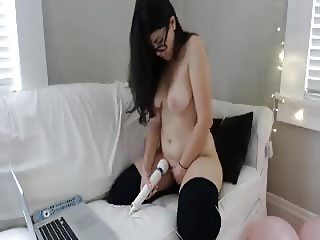 Jewish blogger mastubates on cam