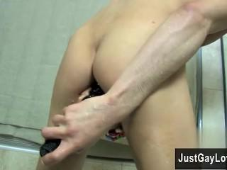 Gay guys Kyler Moss gets raw and soapy in a adorable pair of underoos