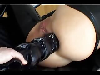 Babe in latex anal with fist, toy and cock