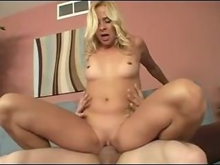 Best Friend_s Pervert Mom From LOCALMILF.INFO