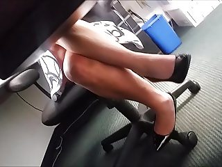 Great legs and pretty heels