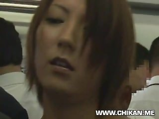 Japanese milf fuck in public bus