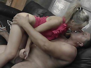 Old man fucks sexy petite girl