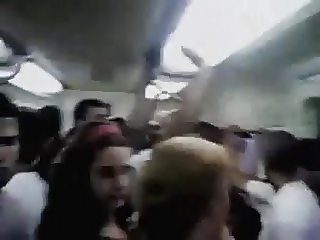 ENCOXCANDO PENE BUS
