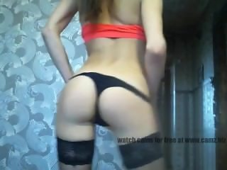 Russian girl dancing and playing with rubber boyfriend  101cams.net/rahelda