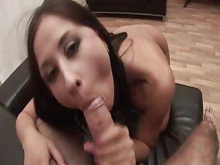 Jane Likes To Suck It Like A Lollipop