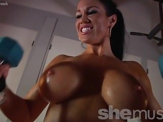 Samantha Kelly Huge Boobs Workout