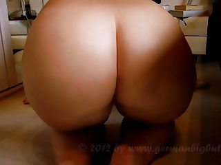 NUDE FAT ASS HOUSE CLEANER