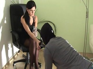 lady chanel shoes worship