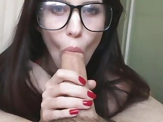 Sexy Geek Blowjob and Cum On Her Glasses