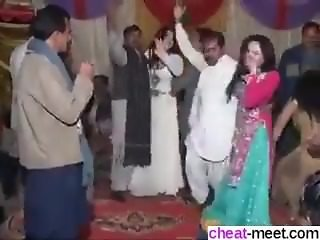 Find her on W1LD4U.COM - Pakistani Mujra Dancing