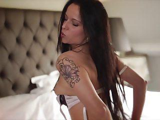 Striptease d'Amelie escort au Luxeembourg sur beneluxxx