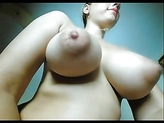 Saggy Boobs on busty camgirl