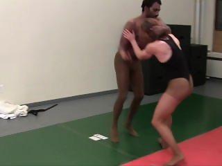 Veve vs. Twiggy judogi