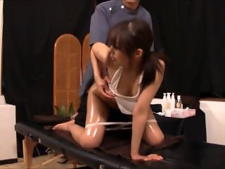 The Lucky Massage Assistant