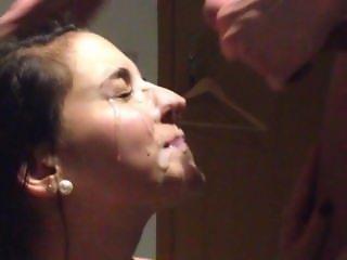 Gorgeous slut facial sperm treatment (NO SOUND)