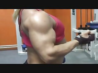 hot sexy flat chest woman muscle fitness woman