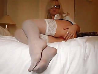 Sexy Geek Sucking and Fucking for a Huge Facial