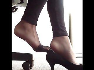 German girl's DELICIOUS Feet in Nylons!