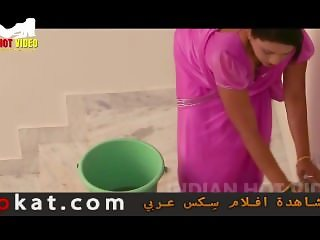 hindi hot short movie aunty romance in bathroom hot-aunty showering manchal