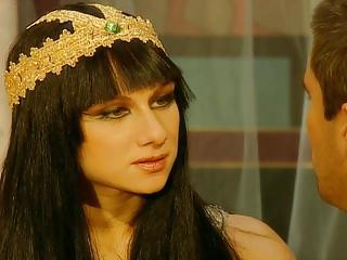 JULIA TAYLOR in Cleopatra