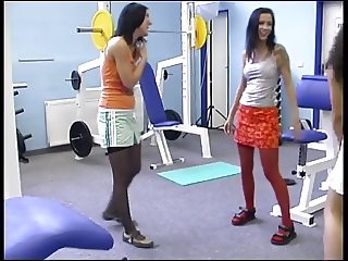 Two girls and two guys to suck and fuck at the gym