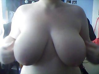 titty play