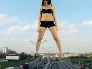Attack of Giantess Alien Woman