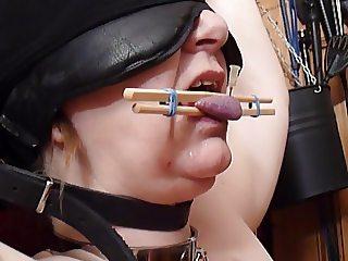 Slave's Tongue torture