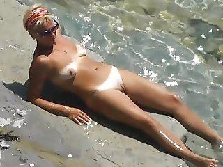 thea apo psila! beach view 34 Masturbation!