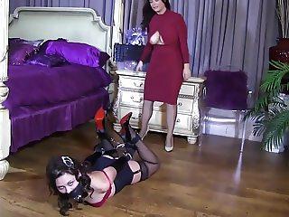 Bound Skully Leather Bondage