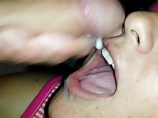 I love to swallow his cum