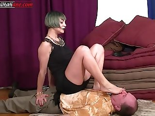 The Professionist - Foot Licking and Trample Free Video