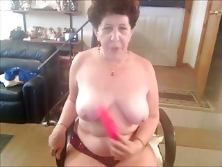 AMAZING WOMEN ON THE CAM 20