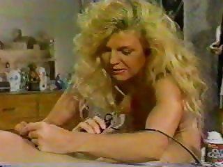 The Shaving (1990)