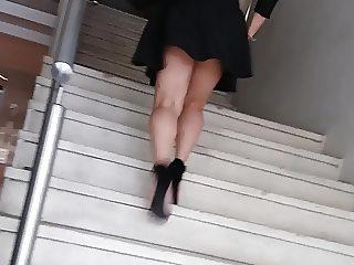 secretaria en escaleras HOT