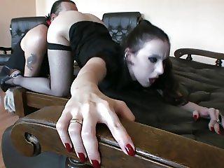 Lick her good