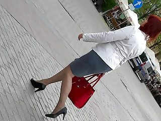 Street Candid Matures in Nylons and Heels