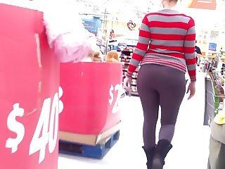 Becky Got A Phat Ass!!!