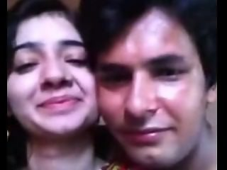 Pakistani Couple Honeymoon