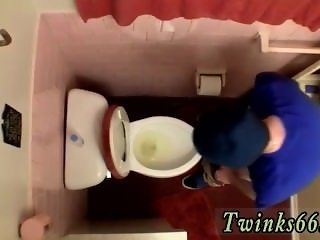 Free gay bear sex movietures Unloading In The Toilet Bowl
